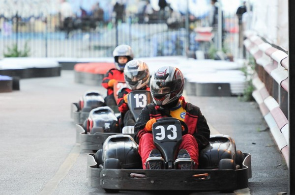 Kids Go Karting Birthday Parties In East London KartingTrackscom - Childrens birthday party ideas east london
