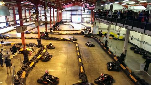 Formula Fast Indoor Karting Photo